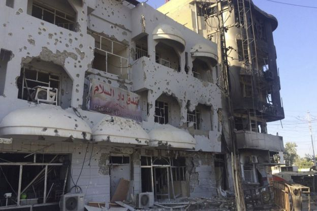 A damaged building in Kirkuk, 22 October
