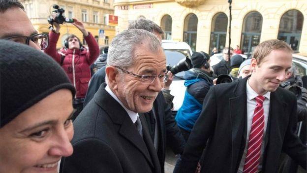 Green Party candidate in Austria's presidential election, Alexander Van der Bellen, after casting his vote, 4 December 2016