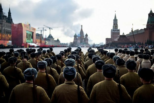 Russian soldiers wearing WWII uniforms parade in Moscow's Red Square in 2015