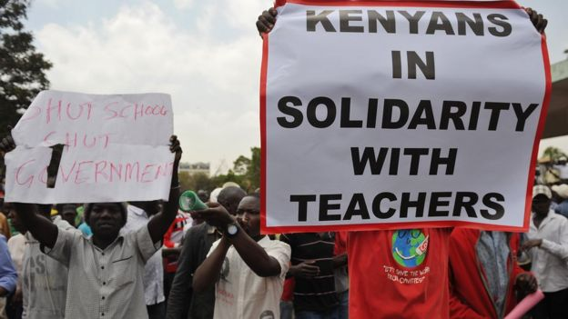 People shout slogans on September 23, 2015 in Nairobi during a demonstration called by opposition leaders to express solidarity with Kenyan teachers