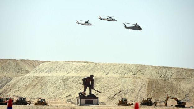 Helicopters at inauguration of Suez Canal