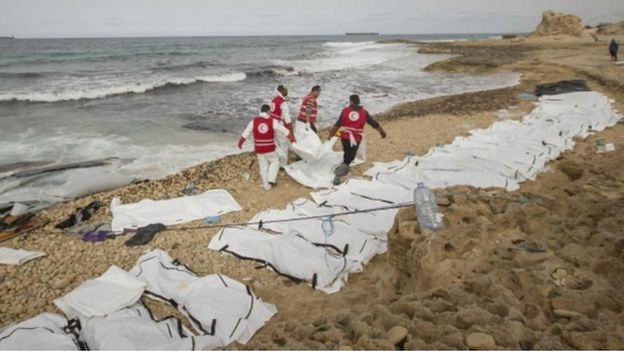 The bodies of 74 migrants and refugees have washed ashore in the western Libyan city of Zawiya, Libya's Red Crescent has said.