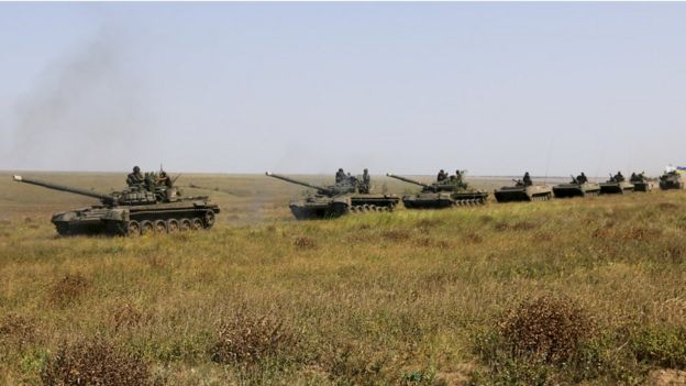 Ukrainian tanks in Kherson, 12 August