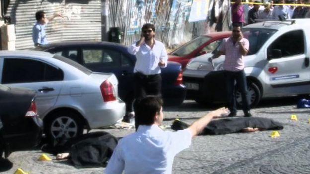 Zeytinburnu sokaklarındaki cesetler.