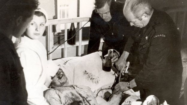 Bethune fue clave para la organización del servicio de transfusión de sangre durante la Guerra Civil.