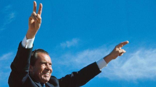 Gelir garantisi uygulamasını ABD eski başkanı Richard Nixon 1960'ların sonlarında denemişti.
