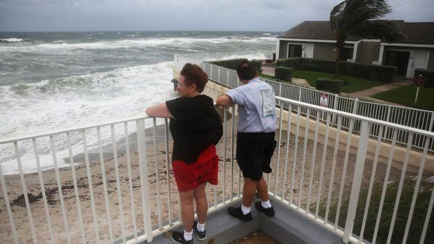 Matthew en su paso por Florida