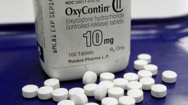 Frasco con pastillas de oxicodona