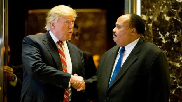 Donald Trump y Martin Luther King III, hijo de Luther King.