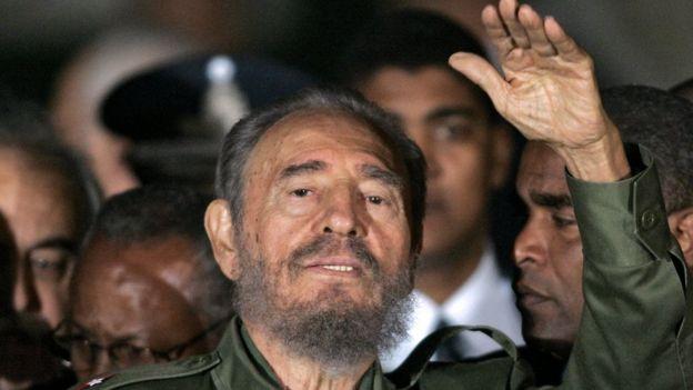 Fidel Castro em julho de 2006, ao chegar como convidado a reunião do Mercosul, na Argentina