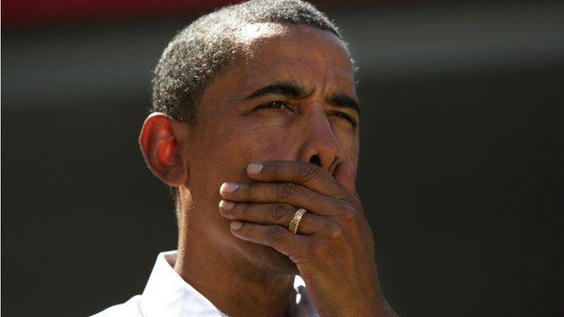 a gold ring - Obama Wedding Ring
