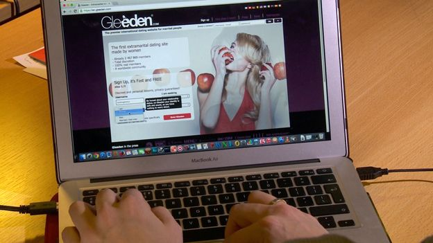 Screenshot of Gleeden website BBC