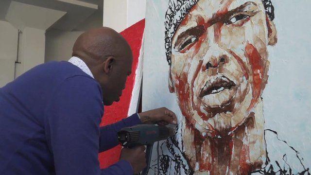 Artist Mbongeni Buthalezi at work