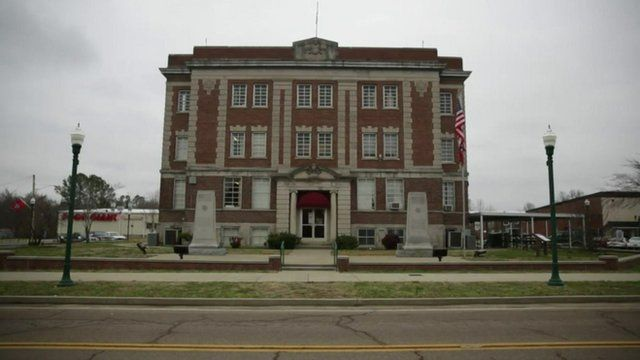 Town hall building in Linden, Tennessee