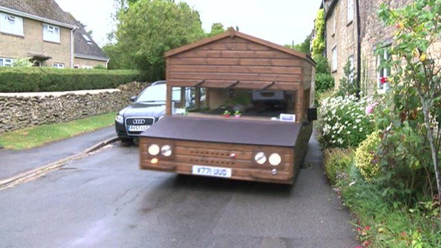 Shed On Wheels : The speedy shed with an engine and four wheels cbbc