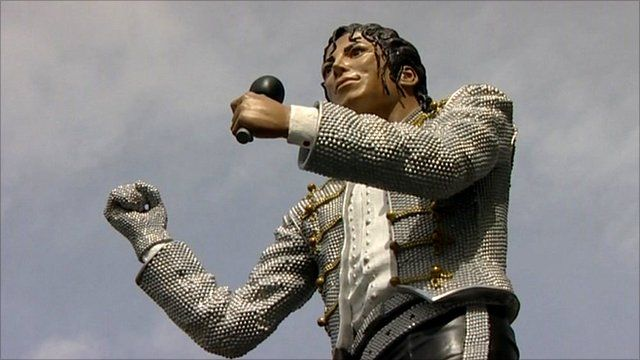 Statue of Michael Jackson at Fulham FC