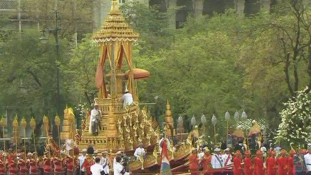 Funeral chariot built from gilded teak