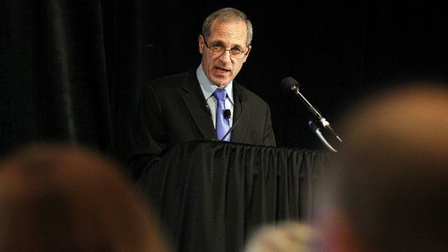 Former FBI Director Louis Freeh announces his report's findings