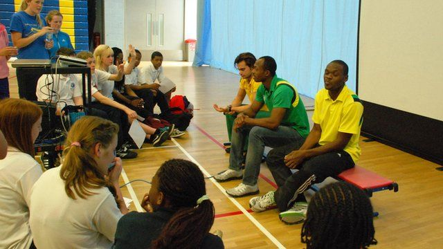 School Reporters questioning the three athletes from St Vincent and the Grenadines