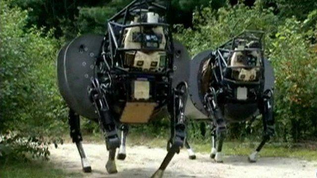 Robot 'AlphaDog' joins US military