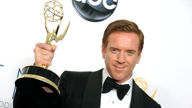Damien Lewis with his Emmy on 23/09/12