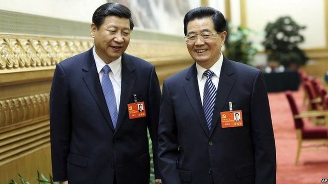 Outgoing and incoming leaders Hu Jintao (R) and Xi Jinping (L) pictured on 7 November 2012