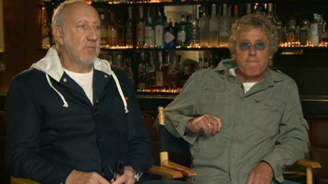 Pete Townshend (l) and Roger Daltrey