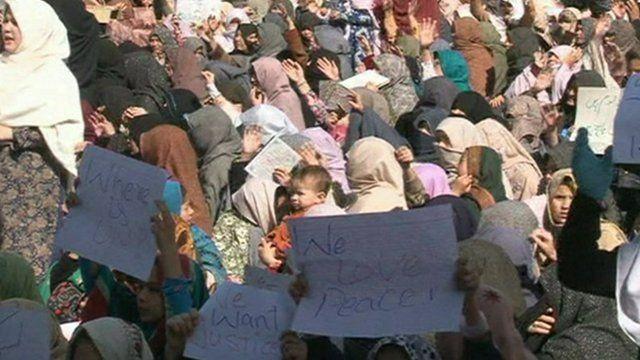 Hazara women protesting