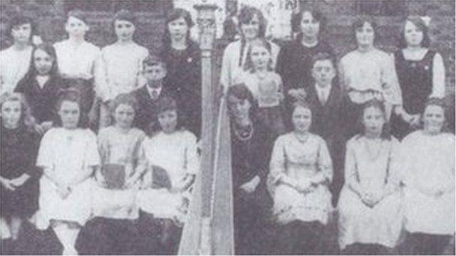 Sefydlwyd adran gyntaf yr Urdd yn Nhreuddyn yn 1922