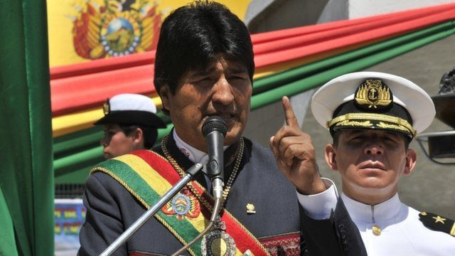 Bolivian President Evo Morales with an admiral of the Bolivian Navy
