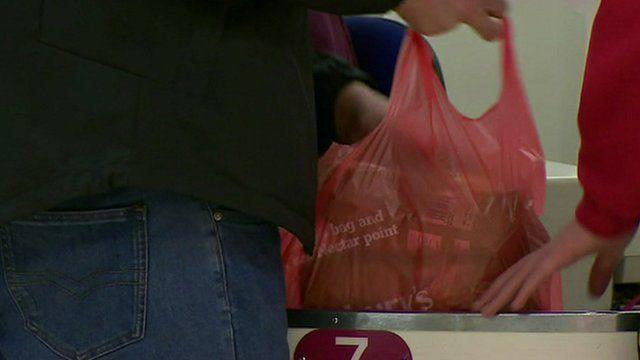 Shopper packing plastic carrier bag