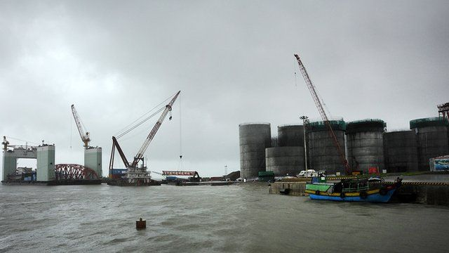 Oil tanks being constructed in Burma