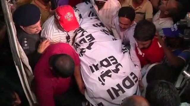 Body of Zahra Shahid Hussain is carried by a crowd