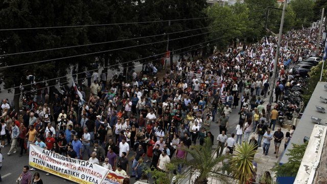 People marching in protest at the closure of ERT