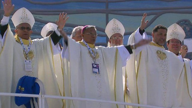 Dancing bishops greet Pope in Rio