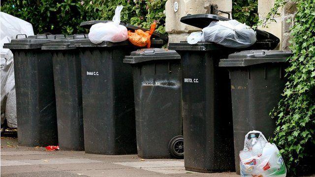 Rubbish bins on streets