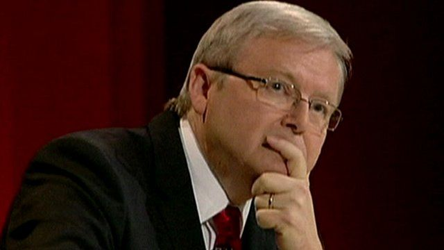 Kevin Rudd answers questions from the public about gay marriage in a