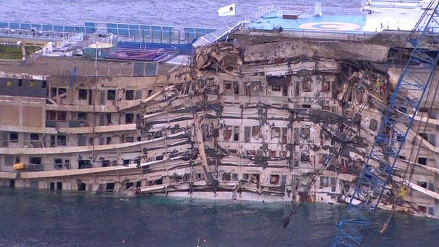 Damaged side of the Costa Concordia wreck