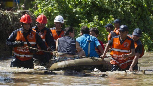 Rescue boat in Acapulco