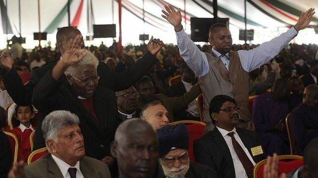 People attend a special inter-religious prayer service for the victims of the Westgate shopping mall attack in the Kenyan capital Nairobi on 1 October 2013
