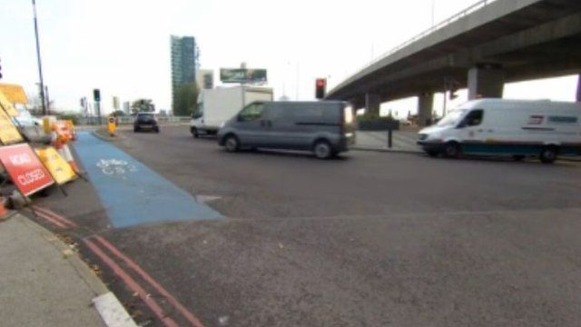 Bow roundabout
