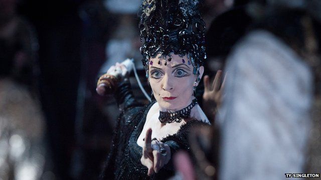 Marion Tait as Carabosse