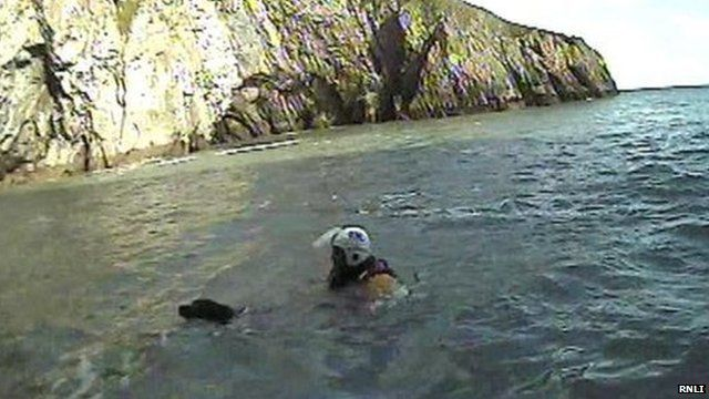 Spice being rescued by the RNLI