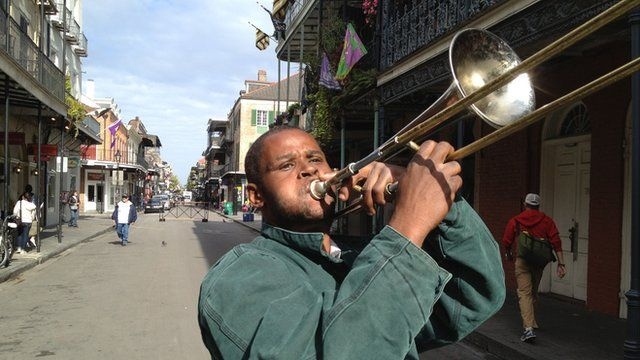 Man playing trombone in New Orleans
