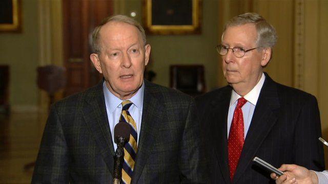 US Senator Lamar Alexander (left) and Senate Minority Leader Mitch McConnell (right)