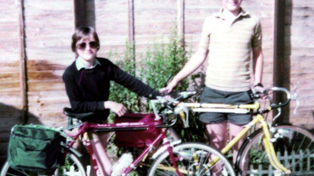 Richard Hammond (left) in a family photo