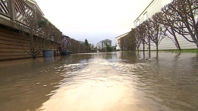 Yalding Flood Victims Return To Homes