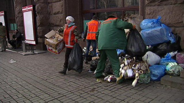Street cleaners in Ukraine, file picture