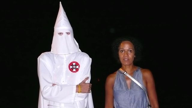 Mo Asumang with a member of the Ku Klux Klan