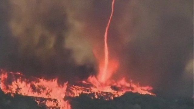 "Image of ""firenado"" in California on 14 May 2014"
